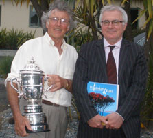 Dr Philip Simpson and Minister of Conservation Hon Tim Groser. Photo: Gavin Rodley.