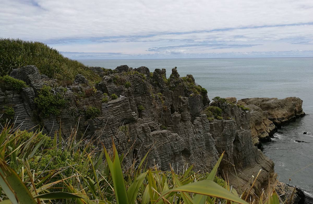 Pancake rocks and blowholes walk paparoa national park west coast pancake rocks ccuart Image collections