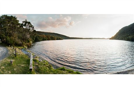 Tarawera Outlet panorama.