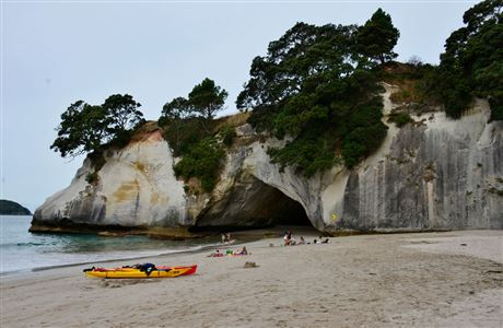 Cathedral Cove beach - kayaks and people.