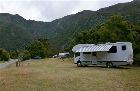 Campervan at Kuripapango (Ox Bow) Campsite.