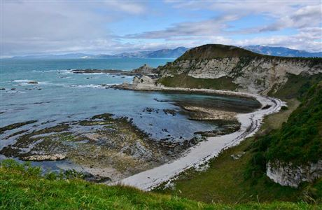 View from Kaikoura Peninsula Walkway.