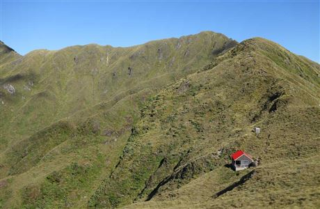 Tarn Ridge Hut.