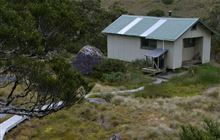 Lake Roe Hut