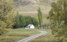 Molesworth Cob Cottage Campsite